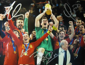 11x14 signed by Xabi Alonso, Vicente del Bosque, Andres Iniesta and Fernando Hierro
